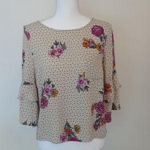 Urban Romantics ruffle sleeve floral print top M